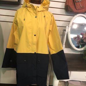 Bagatelle Sport Raincoat Size XL
